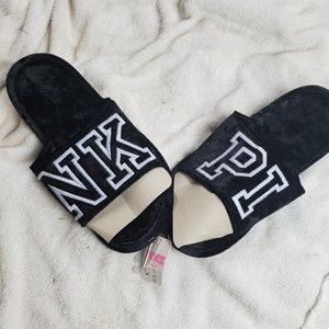 VICTORIA'S SECRET COZY BLACK VELVET  WHITE PINK  M